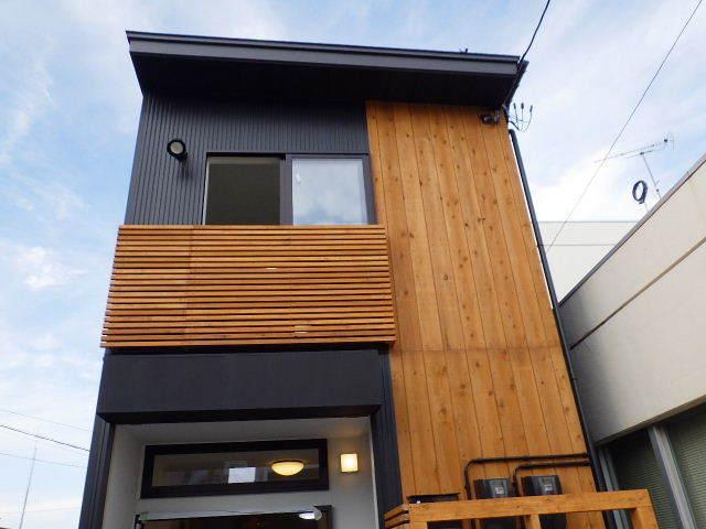 本町通り 住宅建替え工事 完成へ!_f0105112_04423608.jpg