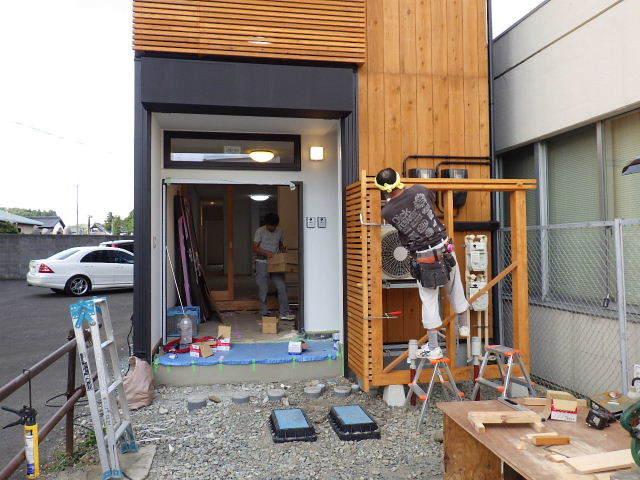 本町通り 住宅建替え工事 完成へ!_f0105112_04490102.jpg
