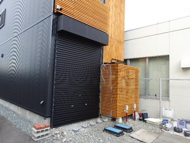 本町通り 住宅建替え工事 完成へ!_f0105112_04564307.jpg