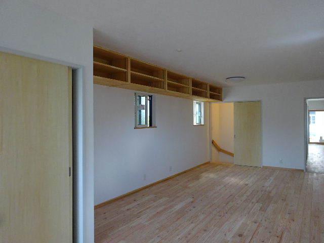 本町通り 住宅建替え工事 完成へ!_f0105112_04564318.jpg