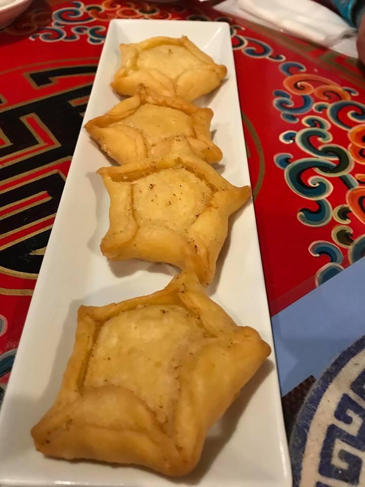 食べるイベントは「主催者が食べたいモノ」を選んだっていいじゃない? 「パスポートのいらないモンゴル夜会♪」_a0188838_22225611.jpg