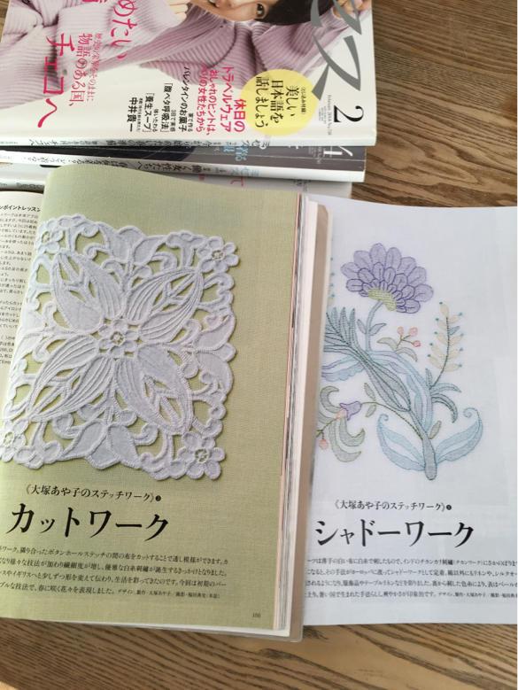大塚あや子さん   白糸刺繍_a0374562_09244832.jpg