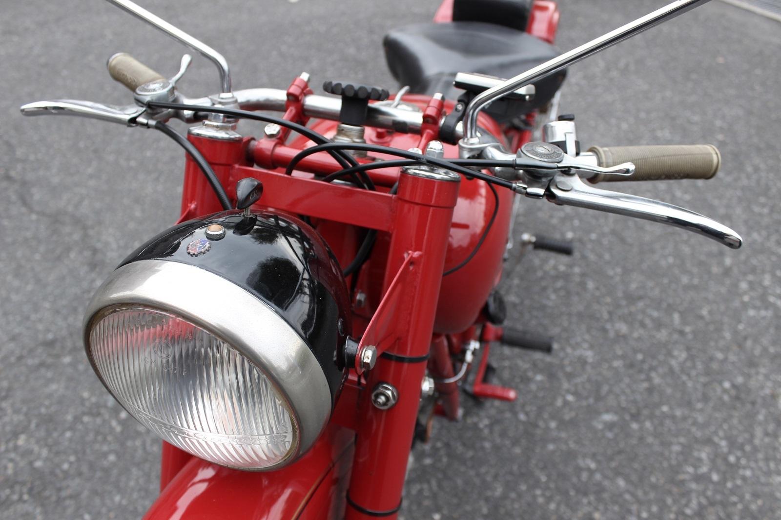 Moto Guzzi Airone Sport 入荷。_a0208987_12493911.jpg