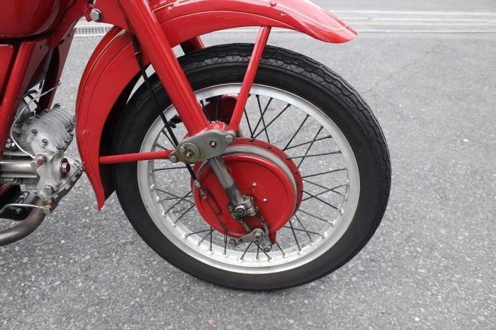 Moto Guzzi Airone Sport 入荷。_a0208987_12510073.jpg