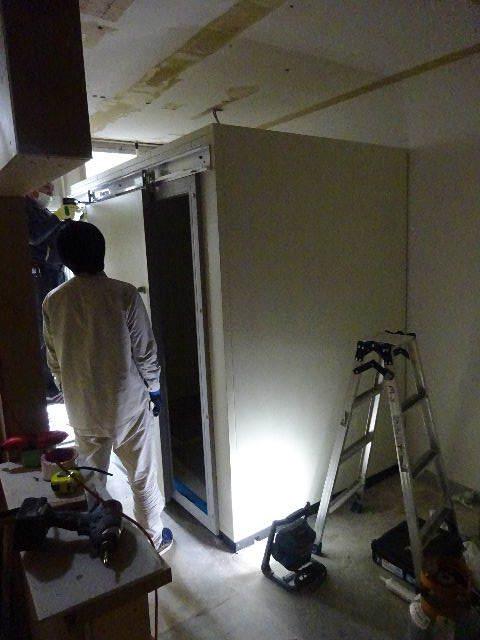 紺屋町DueMani様 店舗拡張工事 進行中。_f0105112_04440827.jpg