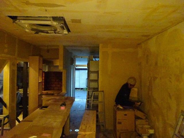 紺屋町DueMani様 店舗拡張工事 進行中。_f0105112_04440837.jpg
