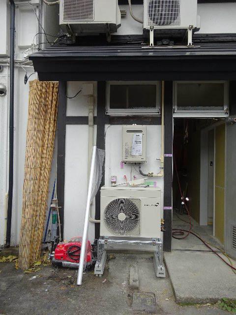 紺屋町DueMani様 店舗拡張工事 進行中。_f0105112_04440980.jpg