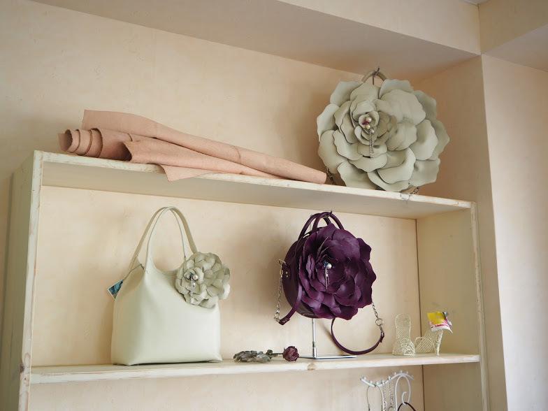 ≪pianto di rosa≫ ばらのなみだシリーズの新色バッグを作っています❤_f0340942_22593523.jpg