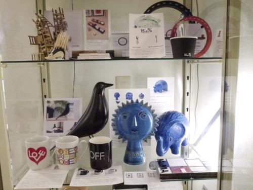巨匠 アルド・ロンディが手掛けた陶器コレクション・Rimini blu。_b0125570_10453204.jpg
