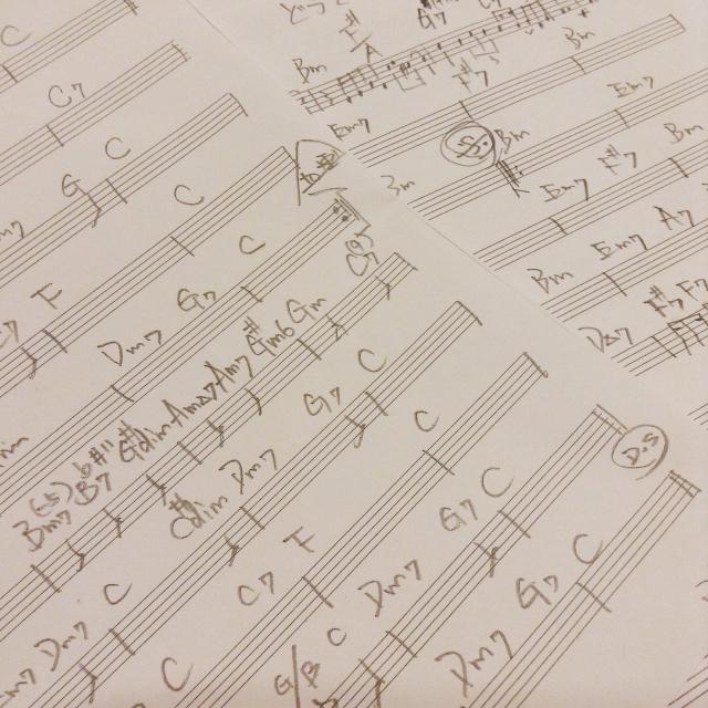 鉛筆で譜面を書くとエンドルフィンが出まくって楽しい。_a0334793_11092113.jpg
