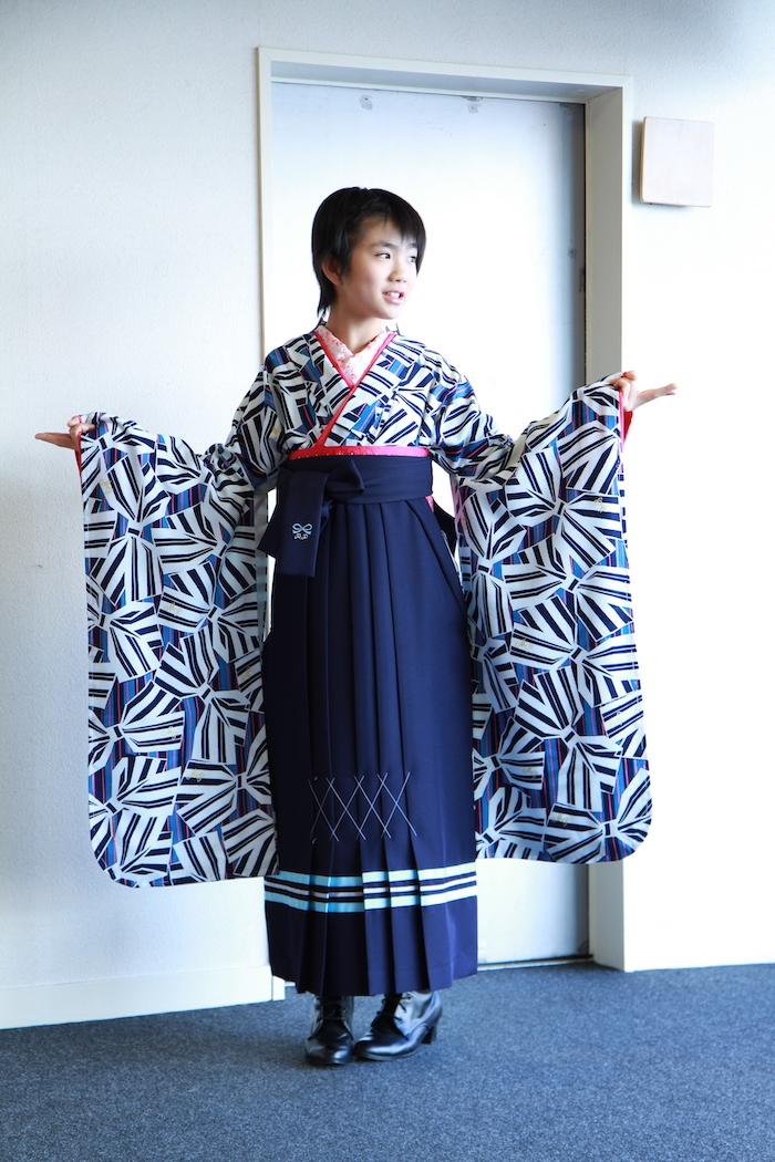 Misatoちゃんの小学校卒業袴_d0335577_11424723.jpg