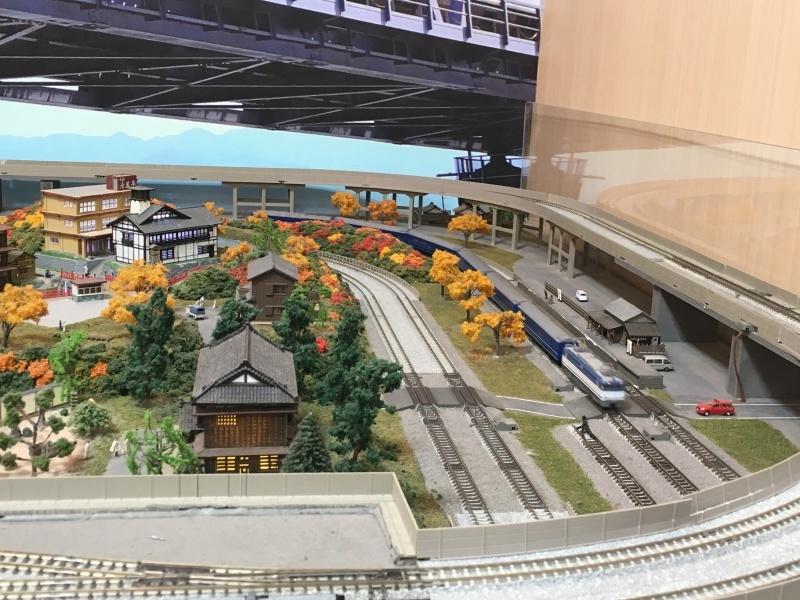 東海道本線に乗って鉄道模型の店ポポンデッタへ。_d0367998_15332730.jpg