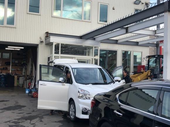 11/25(SUN)本店&ベースぶろぐ(`・ω・´)!!N様ランクル100D納車♡_b0127002_18125305.jpg