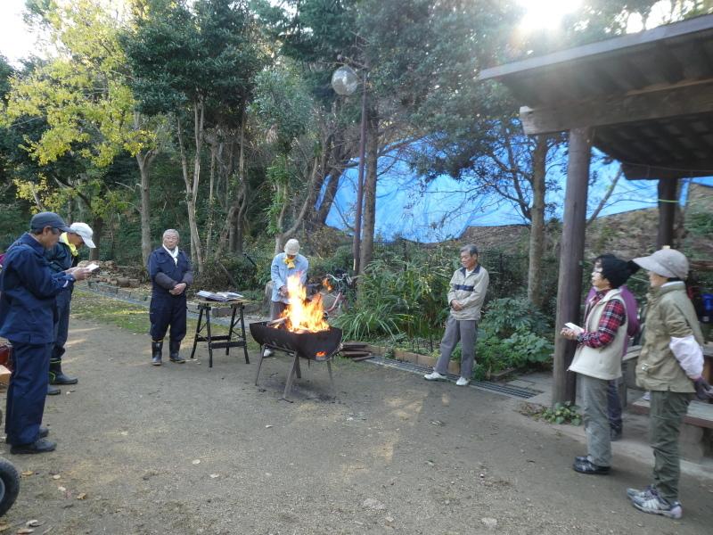 木のツリー試作・イベント準備・・・うみべの森_c0108460_19233702.jpg