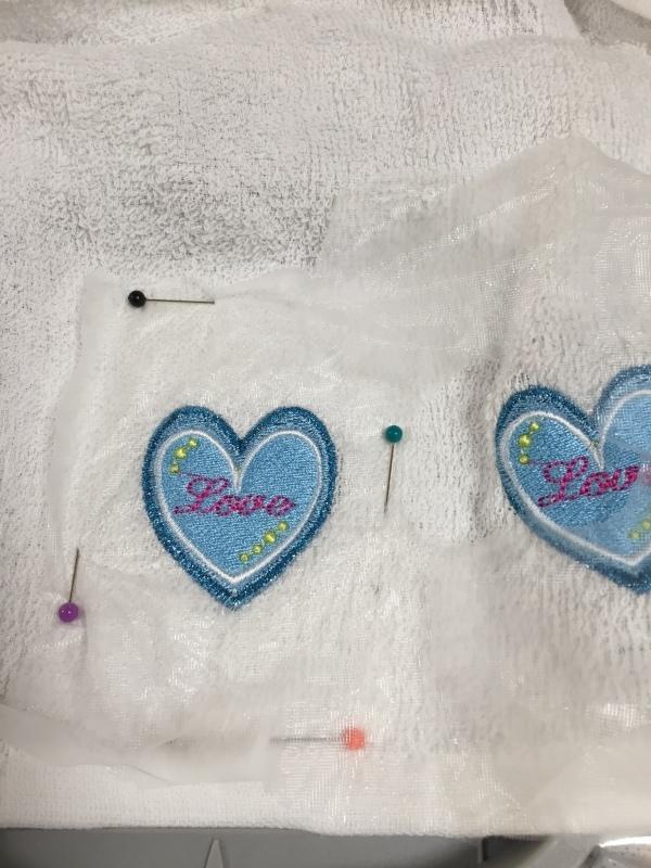 タオルの置き縫いに挑戦!_a0370893_00360120.jpg