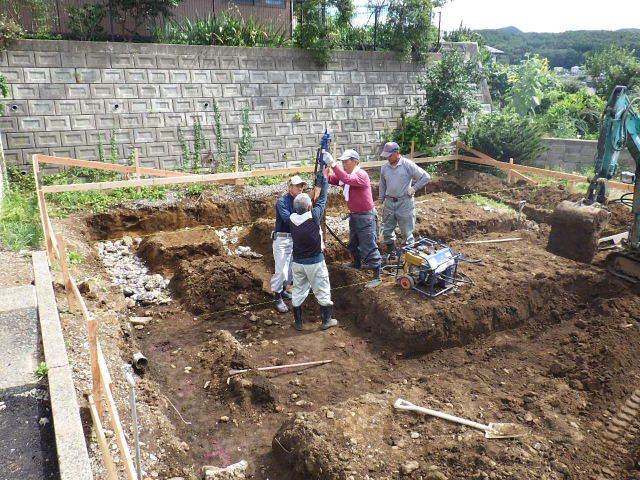 紅葉が丘の家 工事進行中です。_f0105112_04050316.jpg