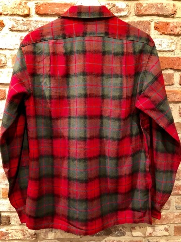 "Late 1960s "" PENDLETON WOOLEN MILLS \"" 100% worsted WOOL VINTAGE CHECK SHIRTS ._d0172088_20232759.jpg"
