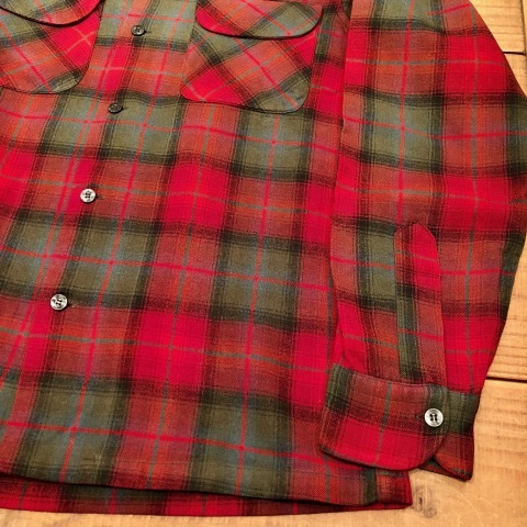 "Late 1960s "" PENDLETON WOOLEN MILLS \"" 100% worsted WOOL VINTAGE CHECK SHIRTS ._d0172088_21130860.jpg"