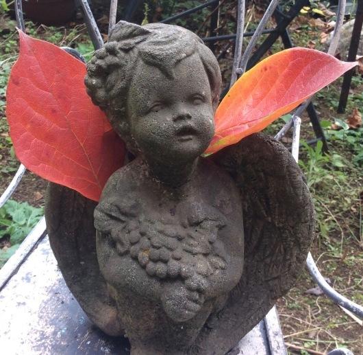 落ち葉の天使_c0203401_23250602.jpg