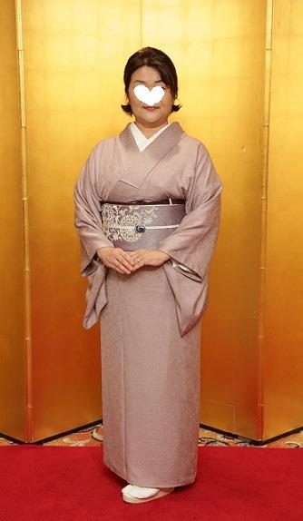 10周年・色無地に東京で出逢われた三眠蚕の帯のお客様。_f0181251_15113596.jpg