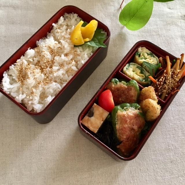 Lunch box ×2 元は同じ材料で♪_a0165160_12445845.jpg