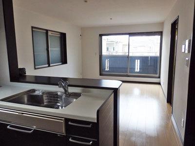 平成21年建築、築浅のお家、賃貸募集開始!!_e0251265_17032076.jpg