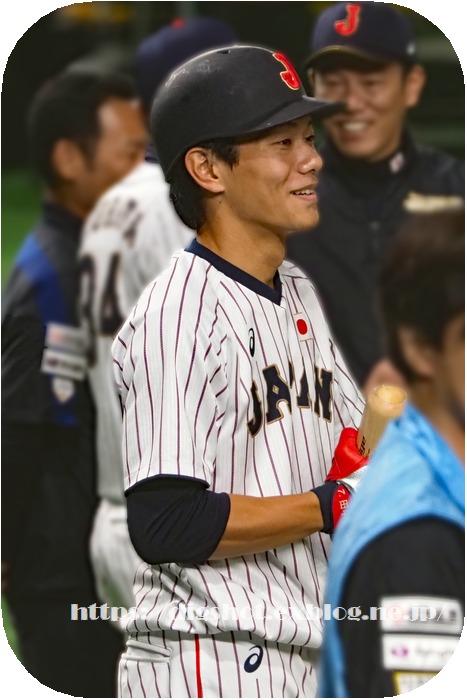 「NPB AWARDS 2018」 MVPは丸佳浩選手と山川穂高選手_e0222575_19494095.jpg