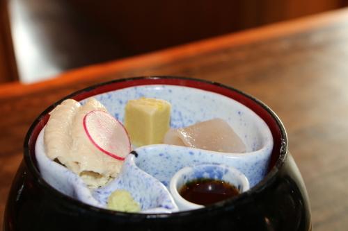 明治150年記念・日本を変えた「千の技術博」見学後の昼食は、韻松亭(上野公園内)で_c0075701_21073606.jpg