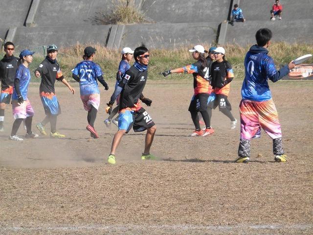 出場選手の食べ歩き企画「食べ歩きメット」も始まった富士市のスポーツ観光 アルティメットの「第14回ガイアカップ」_f0141310_07492208.jpg
