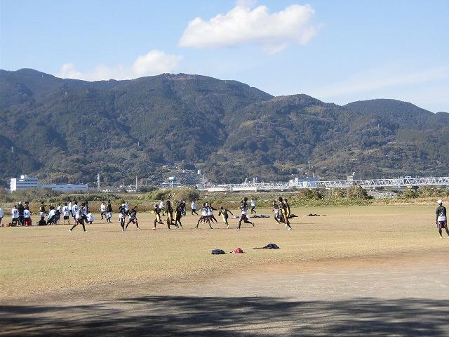 出場選手の食べ歩き企画「食べ歩きメット」も始まった富士市のスポーツ観光 アルティメットの「第14回ガイアカップ」_f0141310_07493426.jpg