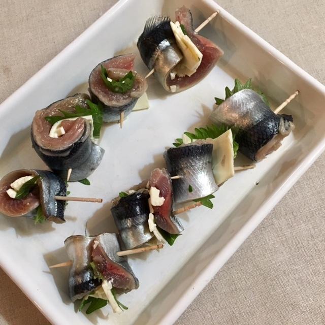luncn box 生姜の混ぜごはんと秋刀魚のロール揚げを母に_a0165160_16513081.jpg