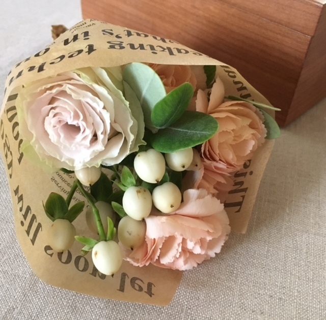 mini bouquet  母へ 2週間ぶりに♪_a0165160_17221335.jpg