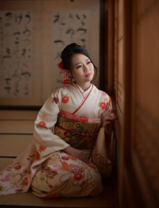 きれいな紅葉と着物姿の素敵な娘さんが見れて良かったわ〜_b0194185_18443200.jpg