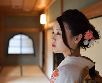 きれいな紅葉と着物姿の素敵な娘さんが見れて良かったわ〜_b0194185_18450493.jpg