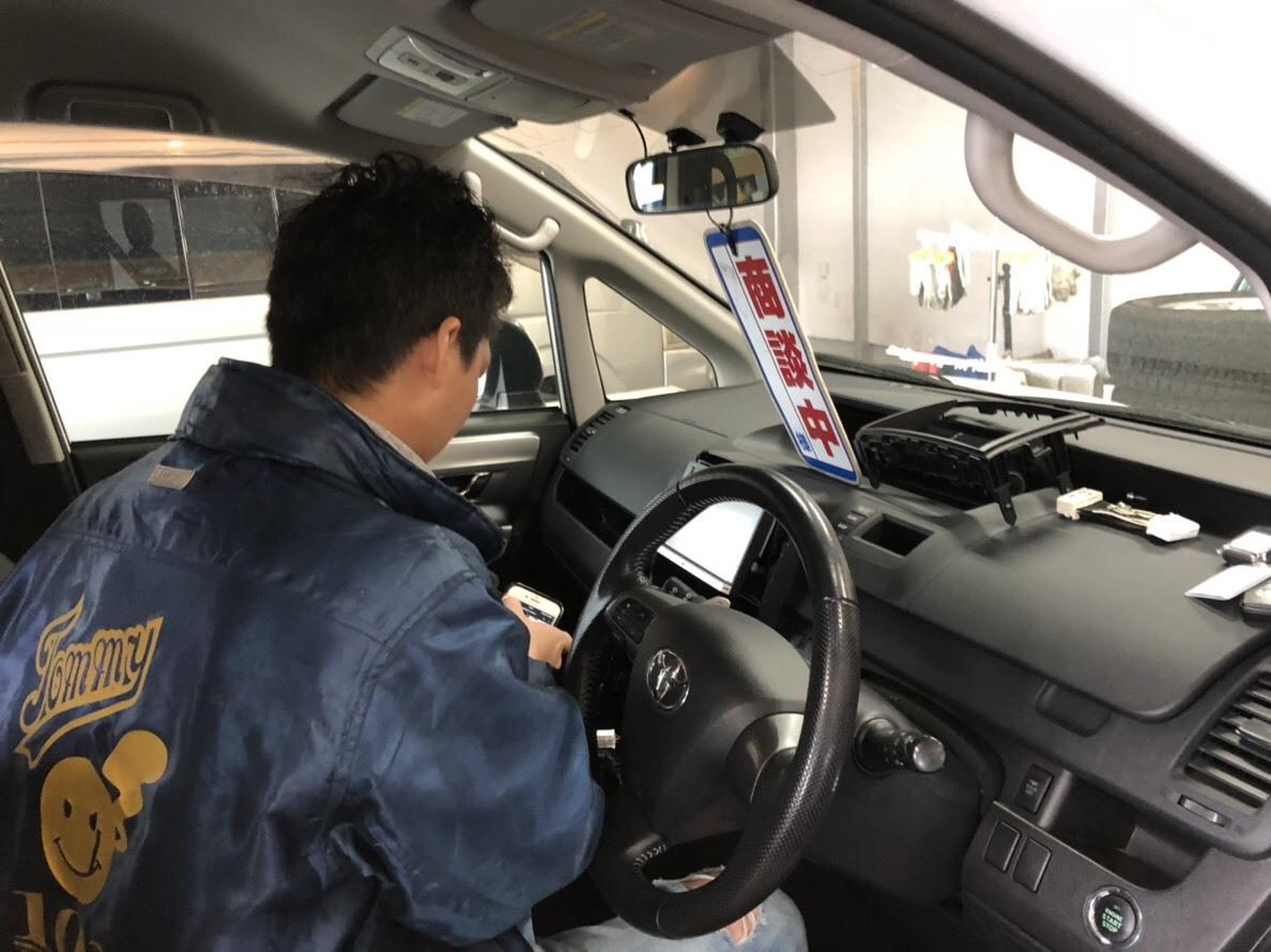11月29日(木)本店ブログ♡アルファードハイブリッドSR4WDカスタム車ありまーーす♡ _b0127002_20171436.jpg