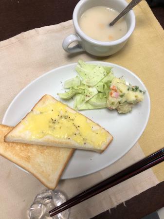 チーズトースト_d0235108_07112709.jpg