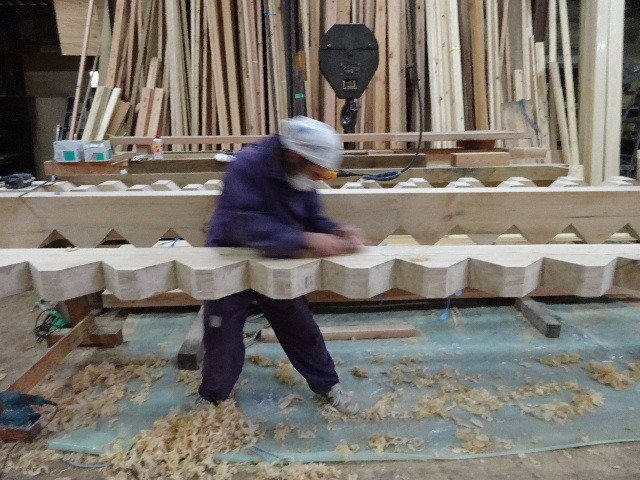盛岡市本町通 地域材を使い大工の作る木造3階建住宅 大工工事進行中。_f0105112_04220771.jpg