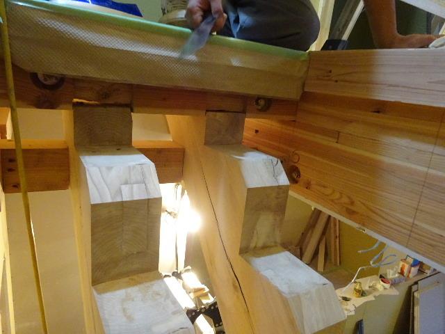 盛岡市本町通 地域材を使い大工の作る木造3階建住宅 大工工事進行中。_f0105112_04282437.jpg