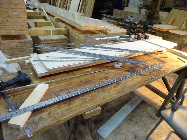 盛岡市本町通 地域材を使い大工の作る木造3階建住宅 大工工事進行中。_f0105112_04341814.jpg