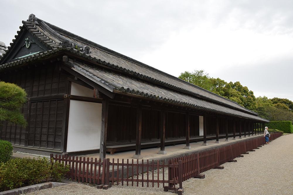 江戸城を歩く。 その5 「三ノ丸~二の丸」_e0158128_18352101.jpg