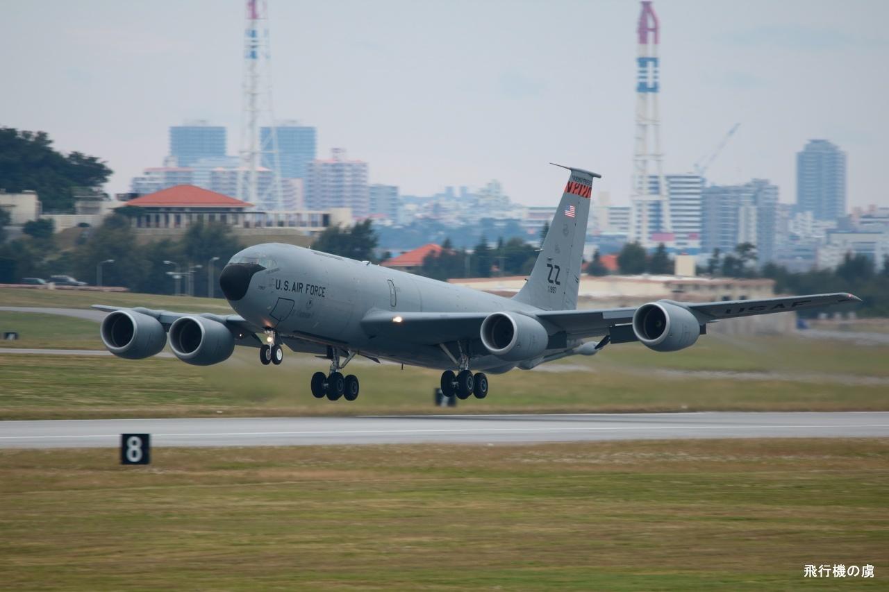 P-3C を 絞り開放 で待ち構えるも  KC-135  アメリカ空軍_b0313338_10175943.jpg