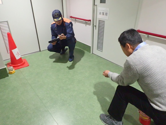 避難訓練を実施しました☆_a0246457_14022341.jpg