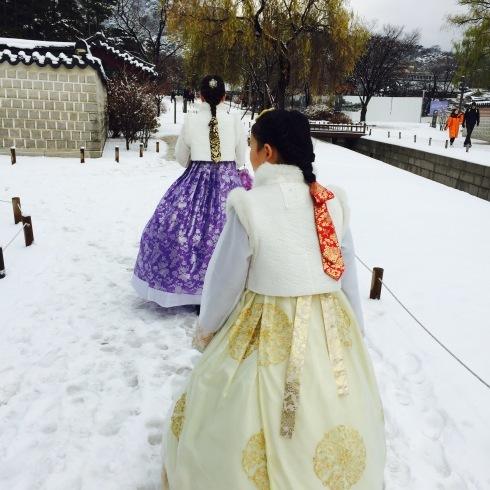 小学生連れソウル 6 「ビョルグント韓服」で雪でも楽しい韓服体験☆_f0054260_21543845.jpg