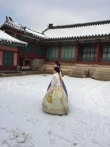 小学生連れソウル 6 「ビョルグント韓服」で雪でも楽しい韓服体験☆_f0054260_21592114.jpg