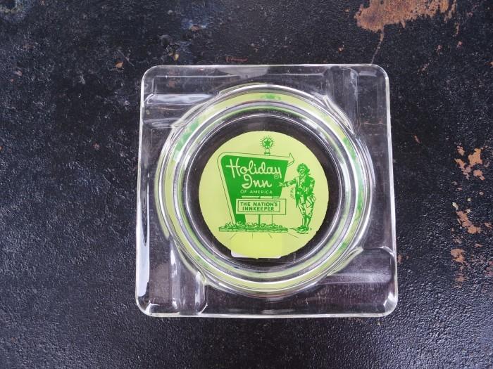 Vintage Advertising Ash Tray Holiday Inn_e0187362_14213613.jpg