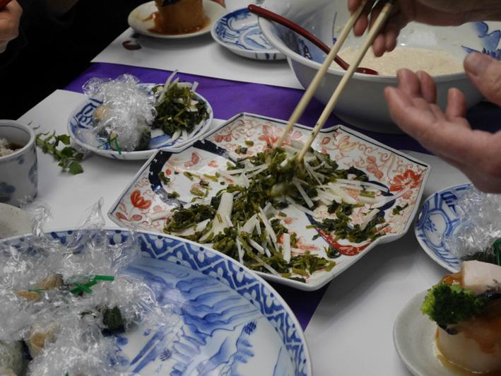 出展3本がそろったで賞受賞:第4回鎌倉大根収穫祭11・24_c0014967_09474641.jpg