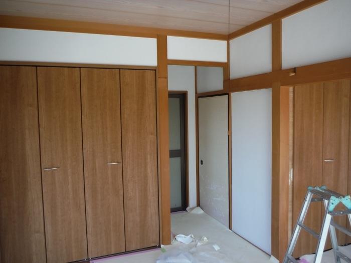 和室リフォーム ~ クロス張り、建具取替えで工事終了です。_d0165368_03394096.jpg