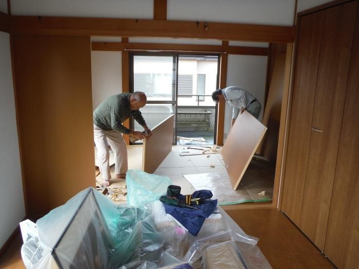 和室リフォーム ~ クロス張り、建具取替えで工事終了です。_d0165368_03395558.jpg