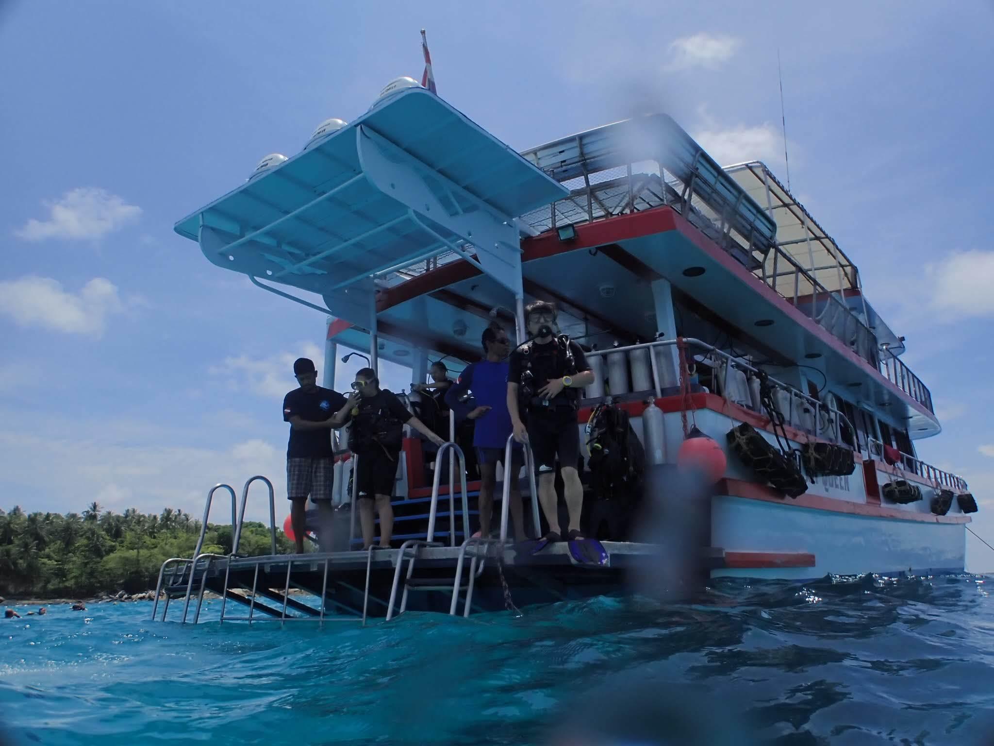 Similan Queen ダイビングボート第2弾_f0144385_13095518.jpg