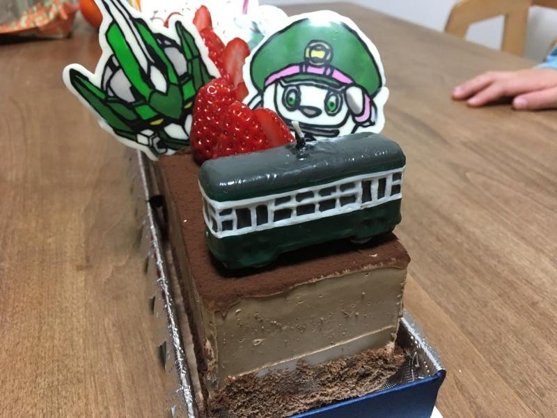 チョコペンで作るシンカリオンのバースデーケーキ&電車のケーキあれこれ色々♪_d0367998_15530838.jpg